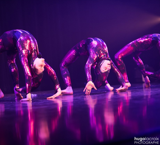 Danse Acrobatique 103